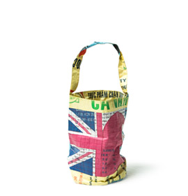 Union jack Log bucket